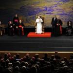 Lisbona: Manoel de Oliveira, mille intellettuali e scienziati incontrano il Papa