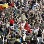 La città di manoppello dona le Chiavi della Città a Benedetto XVI