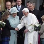 Inglesi non scommettono sull'accoglienza al Papa: «sarà di certo una folla enorme»