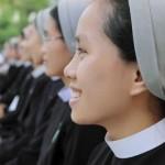 Indagine sociologica: è la religione a rendere felici le persone