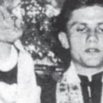 Quella foto taroccata di Ratzinger che fa il saluto nazista…