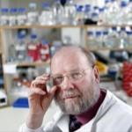 Ian Wilmut, il pionere della clonazione: «stop alla ricerca sulle embrionali»