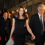 Nei pasticci Carla Bruni e il medico che criticavano il Papa sull'AIDS