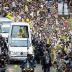 Messico: bagno di folla per il Santo Padre