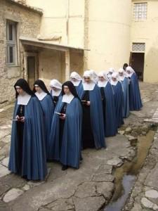 in inghilterra e galles triplicano le donne negli ordini