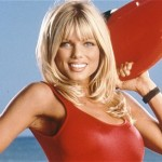 "La conversione cattolica dell'ex star di ""Baywatch"", Donna D'Errico"