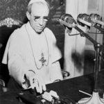Le contraddizioni di chi critica Pio XII