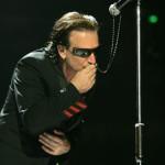 Bono Vox in Vaticano: ringrazia la Chiesa per l'impegno umanitario