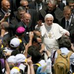 Successo del Papa anche su Twitter: 7mila follower al secondo