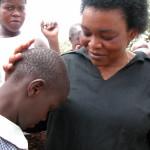 L'infermiera ugandese Busingye: «l'HIV non si vince con il preservativo»