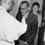 Le false foto con Videla e Bergoglio