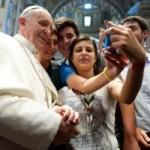 L'effetto Francesco: nelle chiese e sui social network