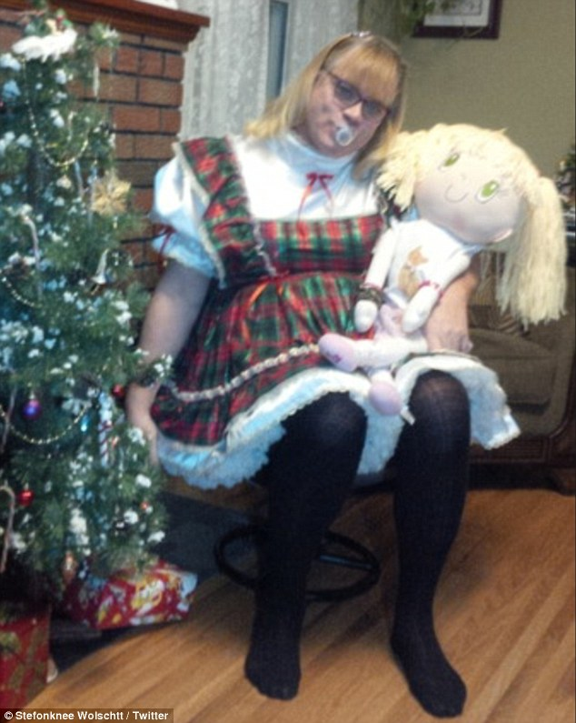 Deranged doll girl turned into helpless torso and assfucked - 4 1