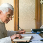Benedetto XVI smentisce (ancora) Antonio Socci: «Il terzo segreto di Fatima rivelato per intero»