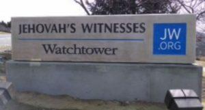 L'ex testimone di Geova racconta l'oscurità da cui si è liberato