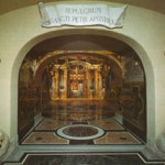 Saint Peter's tomb and archaeological findings