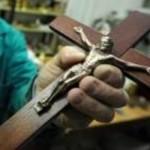 Attivista ateo per i diritti umani: «il crocifisso deve restare»
