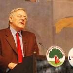 Il comunista Cesare Salvi: «contro il crocifisso sentenza sbagliata e ideologica»