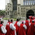 50 sacerdoti e migliaia di fedeli anglicani entrano nella Chiesa Cattolica
