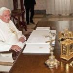 Continuano numerosi gli appelli a sostegno di Benedetto XVI
