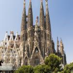 Spagna: 75% di cattolici e i giovani atei si affidano ad astrologia e oroscopi