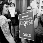 """Una """"pro-choice"""" inglese contro la violenza dei promotori dell'aborto"""