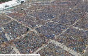 Immagine aerea dei pellegrini alla GMG 2011