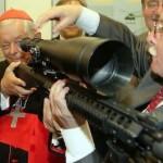 Ennesima bufala anticlericale smentita: lo IOR e le armi Beretta
