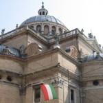 Censis: l'Italia non è un paese per radicali e laicisti