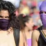 Argentina: isteriche femministe attaccano la cattedrale e i cattolici