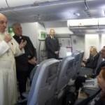 Francesco apre ai gay? La Chiesa non condanna mai il peccatore