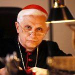 """Ratzinger disse """"no"""" al creazionismo: «l'evoluzione è una conquista della scienza»"""