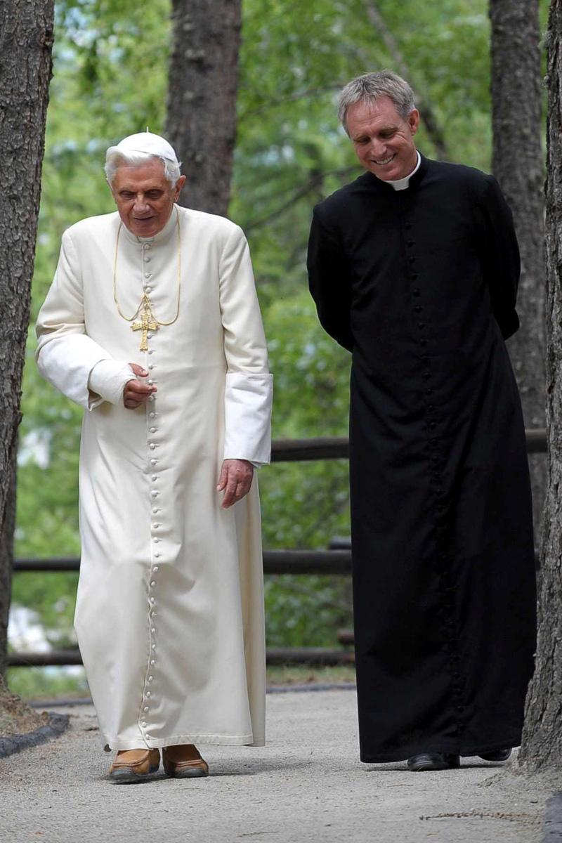 Mons Georg e Benedetto XVI