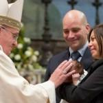 """""""Amoris Laetitia"""", l'esortazione di Papa Francesco piace anche ai tradizionalisti"""