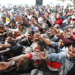 Migranti, Papa Bergoglio come Wojtyla: «accoglienza dev'essere prudente»
