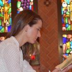 Le risposte di questa giovane novizia hanno abbagliato il giornalista ateo