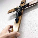 Esporre il crocifisso dovrebbe essere un diritto, non un obbligo di legge