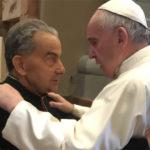 Il card. Carlo Caffarra: «chi è contro al Papa se ne vada, perderà se stesso»