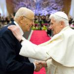 """Napolitano tra i """"grandi d'Italia"""" anche per Benedetto XVI, nessuna polemica?"""