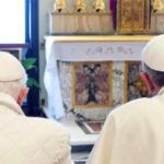 Benedetto XVI sostiene Francesco: tutti i discorsi del Papa emerito