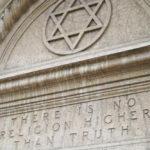 """Novecento, il """"secolo ateo"""" colmo di magia e spiritualismo"""
